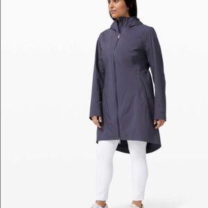 Lululemon rain rebel jacket sz 10 cadet blue